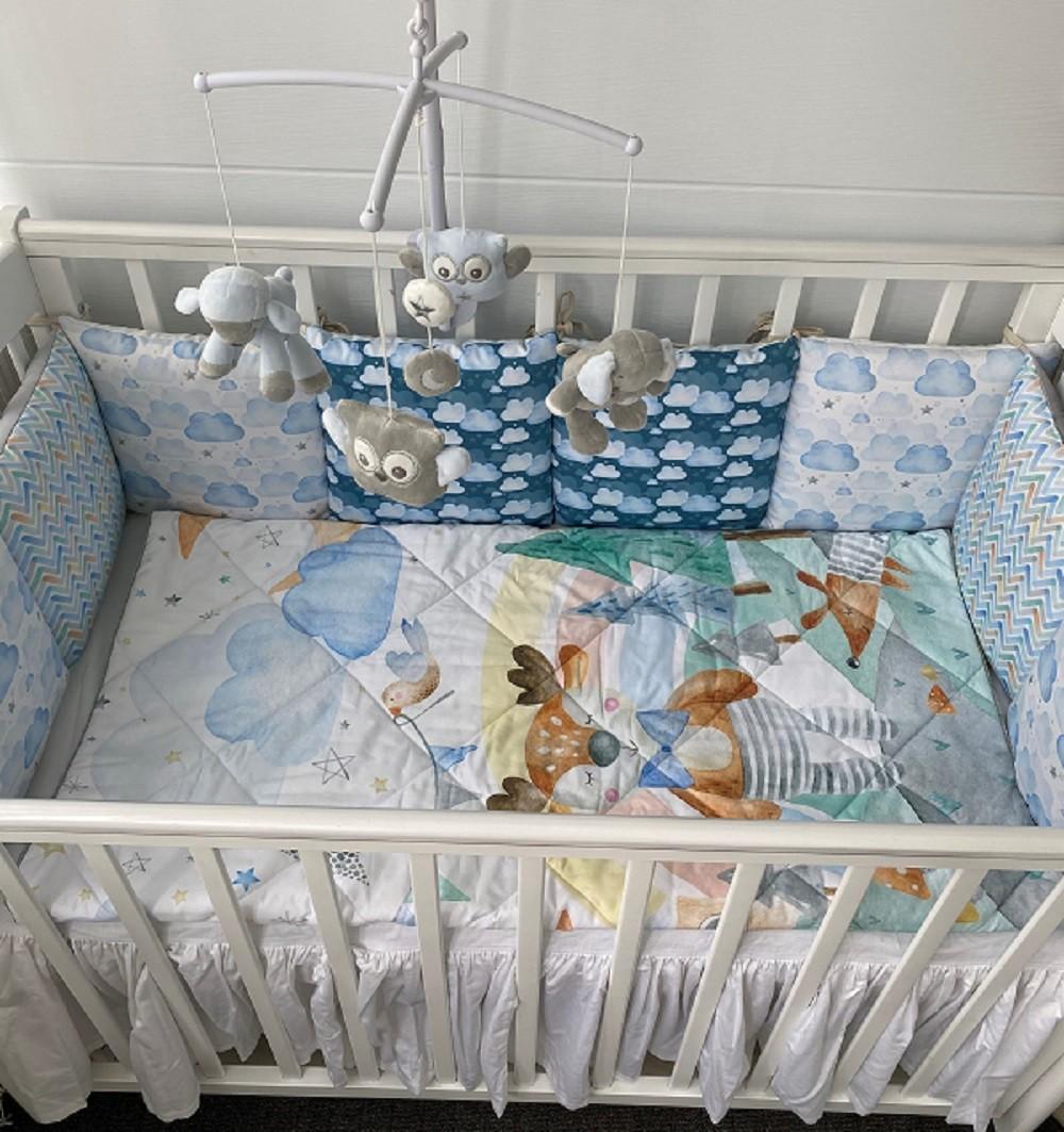 LoveBabyToys Комплект в детскую кроватку с подушечками